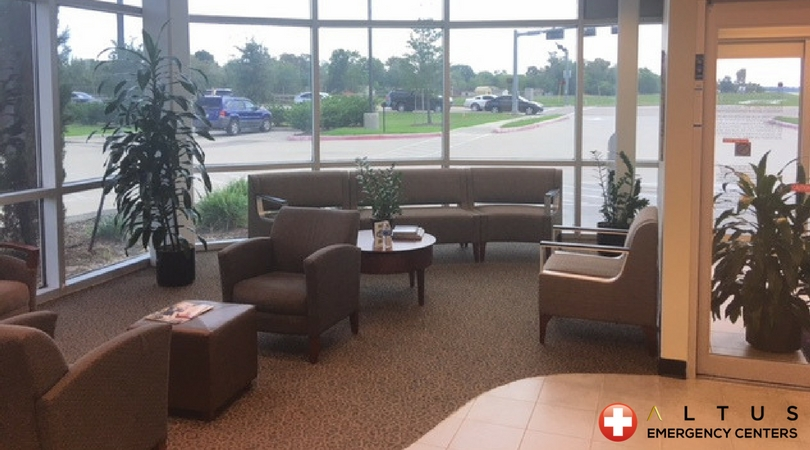 Altus-Emergency-Center-Lake-Jackson-Texas-Best-ER-Care-Cozy-Lobby