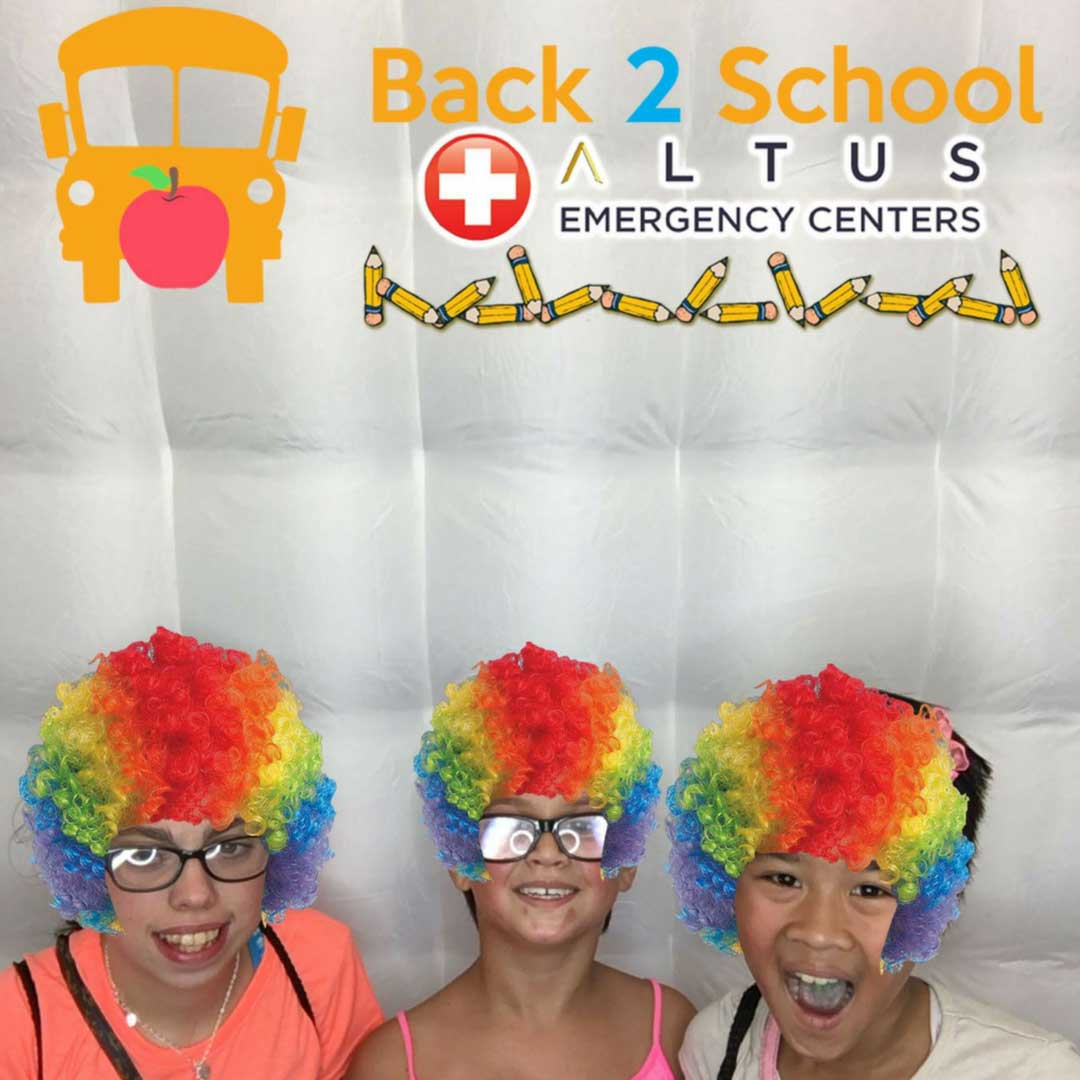 Back-to-School-Fest-Lumberton-2017-Photo-Booth-Fun-Girls
